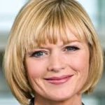 Julie Etchingham : Ambassador